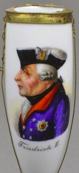 Friedrich II von Preußen, Halbportrait, Porzellanmalerei, Pfeifenkopf, nach Chodowiecki, D1129