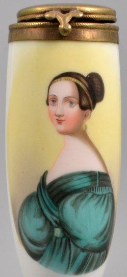 Mädchen mit Haarspange und Dutt, Porzellanmalerei, Pfeifenkopf, D1097