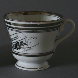 Buckauer Porzellanmanufaktur, Tasse und Untertasse um 1900, D0608-116-00
