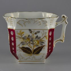 Buckauer Porzellanmanufaktur, Viereck-Tasse um 1880, D0572-092-00