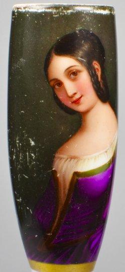 Mädchen mit Ohrzopf, Porzellanmalerei, Pfeifenkopf, D1784