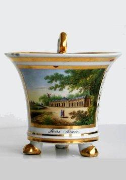 Schloss Sanssouci in Potsdam, Porzellanmalerei, Tasse, D0846