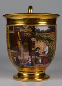 Gesellig unter Weinlaube, Porzellanmalerei, Tasse, D2109