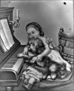 (PPM 1674) Hund beim Klavierunterricht, Lithophanie, D2153a