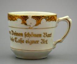 Barttasse, Moustache Cup, 1062