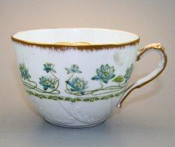 Barttasse, Moustache Cup, 1075