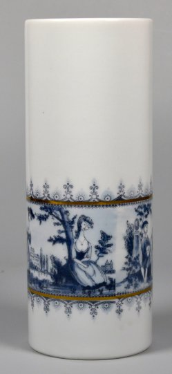 Stabvase mit galanten Szenen, Wallendorf, D2214