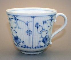 Barttasse, Moustache Cup, 1135