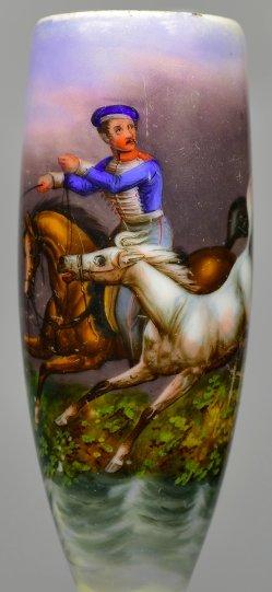 Soldat bewegt zwei Pferde im Gelände, Porzellanmalerei, Pfeifenkopf, D2402