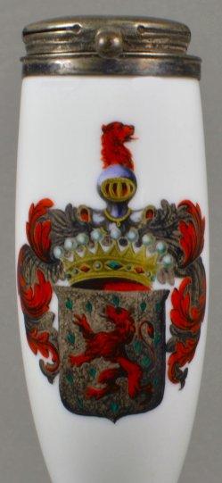 Wappen eines Grafen, Porzellanmalerei, Pfeifenkopf, D1085
