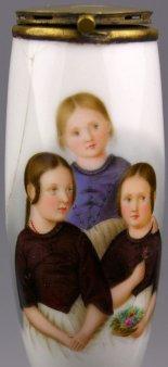 Betty, Elise und Mathilde Sies, Porzellanmalerei, Pfeifenkopf, D1240
